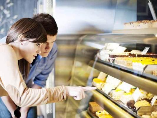 Ποια γλυκά πρέπει να γευτεί κανείς σε δημοφιλείς προορισμούς;